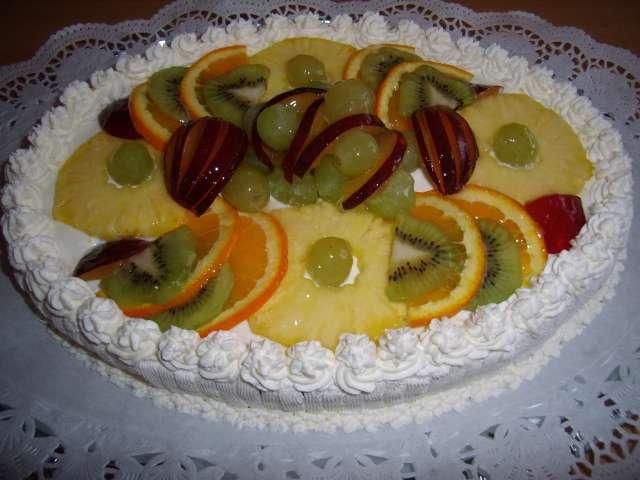 Ovocný s želatinou a šlehačkou