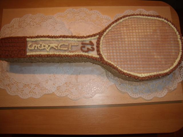 Tenisová raketa - máslový krém a šlehačka s tvarohem