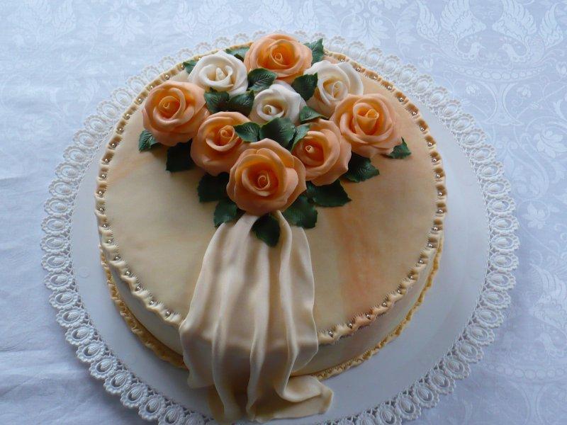 Oranžový s růžemi